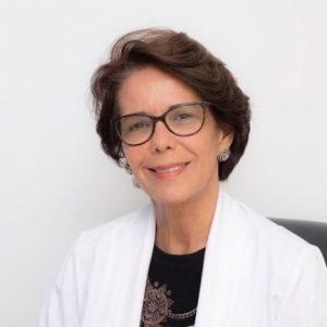 RISCO À SAÚDE: 'Desafio da Farinha' pode asfixiar e causar problemas ao pulmão
