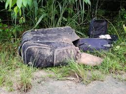 MACABRO: Corpo esquartejado com bilhete no peito é encontrado dentro de malas