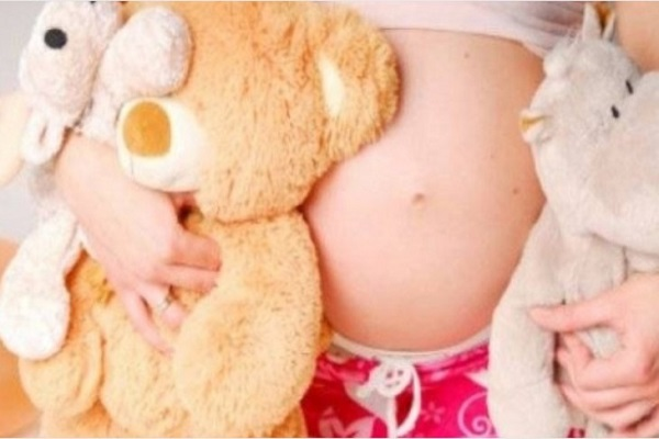 Criança de 10 anos engravida de Tio, ela foi abusada por vários anos
