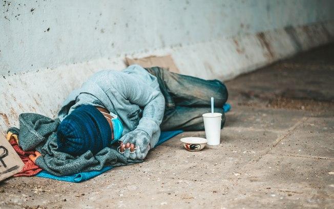 Moradora de rua é encontrada morta após madrugada mais fria do ano