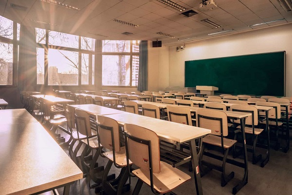 Reabertura de escolas deixa professores inseguros diante de coronavírus