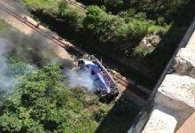 Photo of Ônibus cai de ponte e deixa ao menos 10 mortos e 30 feridos em MG; Veja o Vídeo