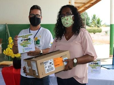 Prefeitura de Pimenta Bueno faz entrega de Data Shows para instituições municipais, vencedoras da 1ª Gincana Ambiental