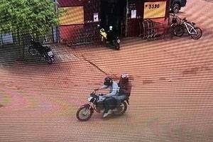 Assaltantes invadem lotérica e levam aproximadamente 49 mil reais, em Guajará-Mirim