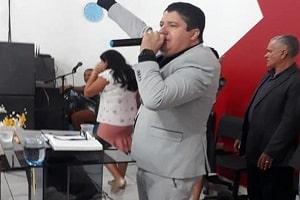 Pastor encontrado morto em motel torturou a mulher em live