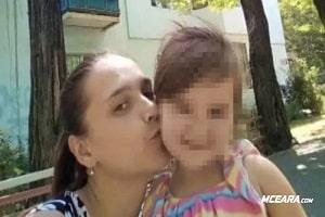 Mãe estrangula filha até a morte e esconde corpo no banheiro antes de jogá-la no lixo