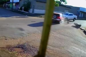 Vídeo registra momento de acidente que resultou na morte de mulher