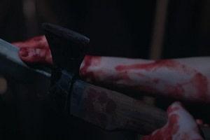 Filho ameaça matar mãe com machado e jogar seu corpo no brejo