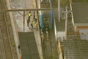 Homem morre após cair entre trem e a plataforma da estação