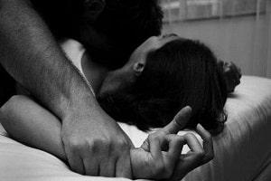 Mulher é estuprada por homem que conheceu em aplicativo
