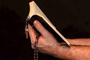 Pastor é denunciado por estupro de menina de 11 anos com transtorno mental