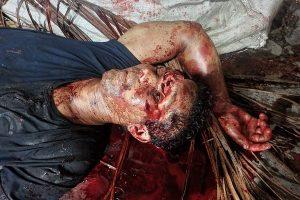 Patrão usa ferro de cova para estourar cabeça de funcionário suspeito de roubo imagens fortíssimas II min 300x200 - Patrão usa ferro de cova para estourar cabeça de funcionário suspeito de roubo; imagens fortíssimas